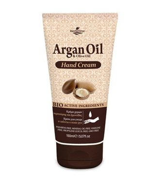 Hand cream for care and treatment.
