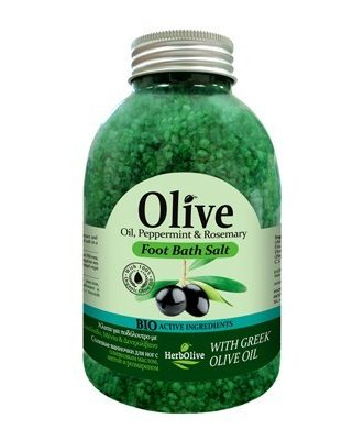 Salt for foot bath with organically cultivated olive oil, mint extract and rosemary.