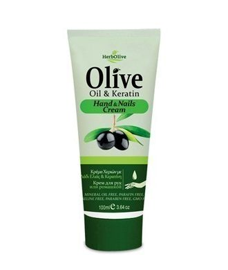 Hand creams enriched with natural ingredients ideal for everyday use.