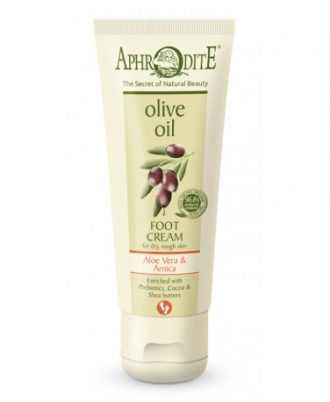 A fast-absorbing foot cream leaves the feet soft and relieved after an exhausting day.