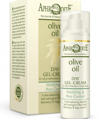 This lightweight gel-cream aids to regulate sebum production, minimize pore size and calm inflamed breakouts